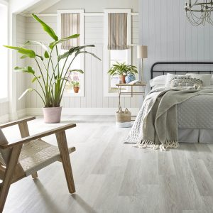 Basilica century pine bedroom flooring | Lake Forest Flooring